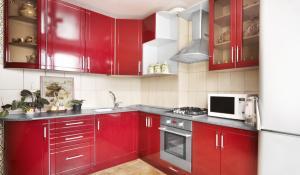 Фото современной кухни 2013 года