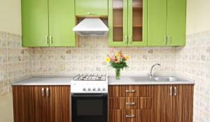 Фото интерьера маленькой кухни из магазина Кухмастер в Саратове