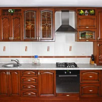 Фото кухни из натурального дерева